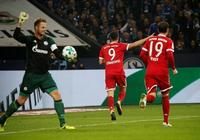 GIF:納爾多手球送點,萊萬多夫斯基一蹴而就