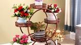 傳統花架早過時了,今年流行這幾款創意花架,增添一道美麗風景
