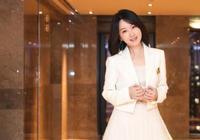 甜歌天后楊鈺瑩近照曝光,面色甜如少女,47歲感情成迷讓人遺憾!