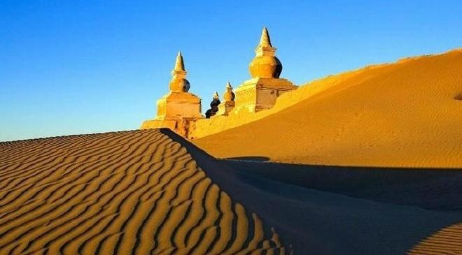 大漠孤煙直,長河落日圓