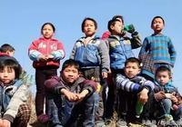 """農村的新""""毒瘤"""",毀掉了大批留守兒童,農民:我們也不知道咋辦"""