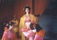 漢明帝知道馬皇后有能力處理政務遇到難裁決的事回後宮讓皇后解決