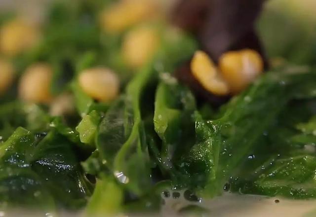 立春豌豆尖正當季,不吃這道菜就虧了,營養又美味,比生菜還鮮嫩