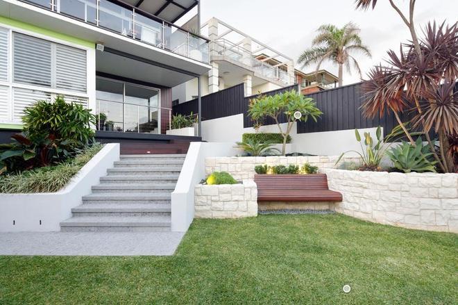 別墅庭院:這是最適合村裡蓋的別墅,老了以後回村蓋一個花園去