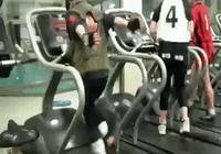 漩渦鳴人到健身房健身