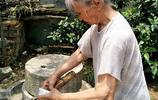 看望90歲高齡的奶奶,我做了舉手之勞的一點小事卻讓她老人家感動得掉下了淚