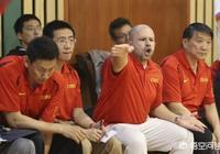 中國男籃向雅尼斯求助,希望協助李楠,你看好李楠的執教能力嗎?誰更適合主帥位置?
