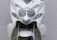 點評最強國產踏板車,電噴水冷 200CC強勁馬力,油耗不足3L