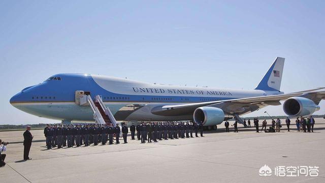 如果美國總統乘坐空軍一號時因機械故障墜毀,會有什麼嚴重後果?