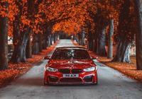 """""""汗血寶馬""""BMW M3,這應該叫什麼紅呢?"""