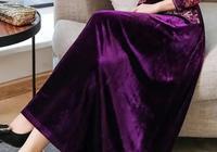 """發現一款,12月最主流的冬裙,""""富貴紫""""羊絨裙,件件精緻迷人"""