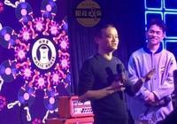 馬雲酒吧開業大S汪小菲捧場獻唱,汪小菲跑調大S笑場!