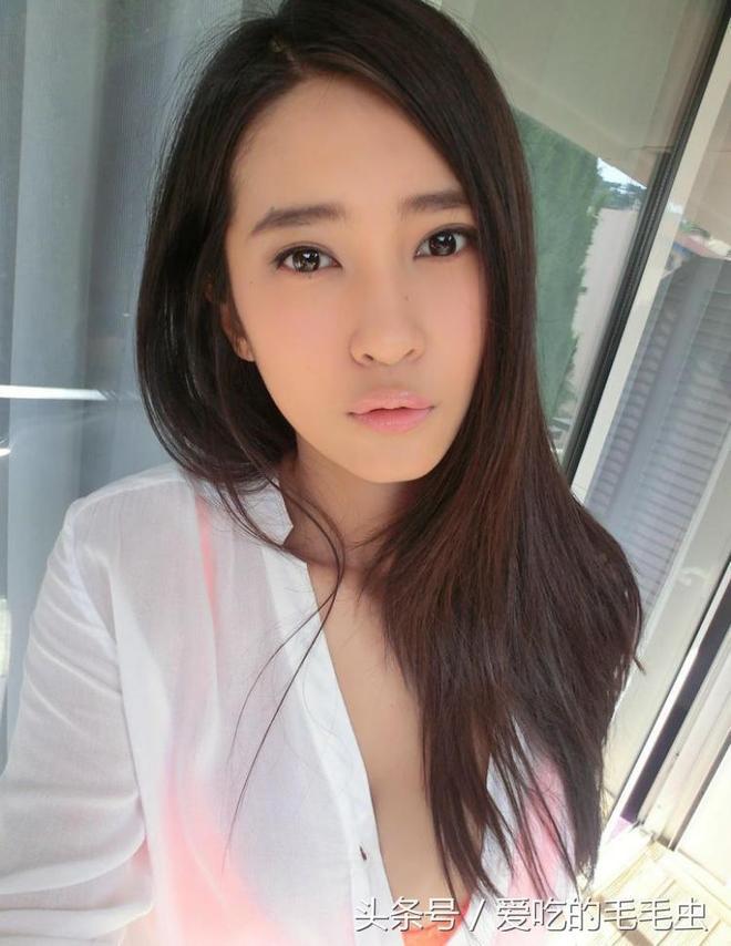 著名籃球運動員劉曉宇的前女友鍾鹿純