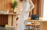 《我的前半生》收視上億,羅子君穿的連衣裙更是火了,顯瘦提氣質