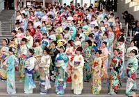 從和服到洋裝:明治維新、關東大地震與日本女人的服飾的變革