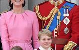 威廉王子和凱特王妃懷三胎,為什麼哈里王子《欣喜若狂》!