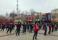 做操、跳舞、唱樣板戲  獻縣文化廣場活躍著一支快樂老年隊
