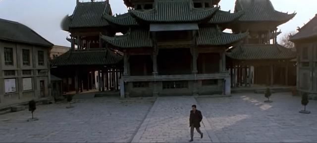 被人遺忘的國產片,評分僅低於霸王別姬,好一部現代官場現形記