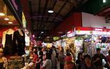 武吉士街,熱鬧的小商場