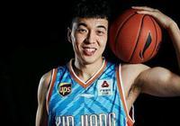 曾令旭,他會是今年新疆男籃擊敗遼寧男籃進入總決賽的奇兵嗎?