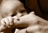 哈里和梅根在父親節分享兒子照片,威廉王子也不甘示弱推特上晒照