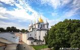 這個俄羅斯教堂地位堪比巴黎聖母院,比它還古老200年