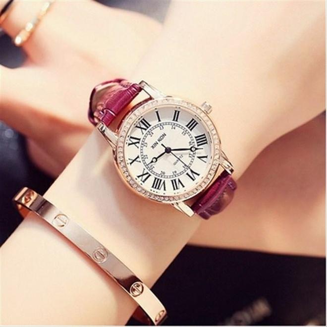 別出心裁,時尚達人的心頭好,有了這款鑲鑽手錶想不吸睛都難
