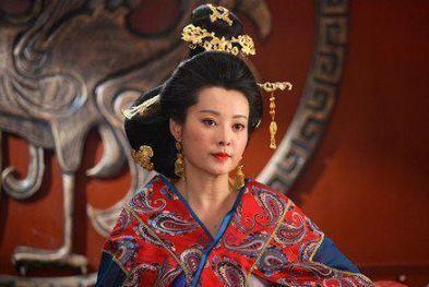呂雉當皇后時開創一個壞習慣,200年後另一個女人用它滅亡西漢