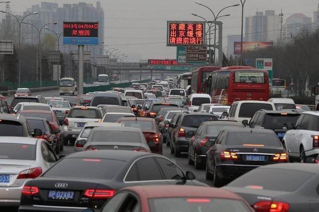 """買車選""""自然吸氣""""還是""""渦輪增壓""""?老司機:堵車時就知道了!"""