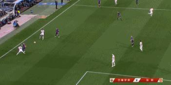 歐冠梅西左右開弓四分鐘連入兩球殺死比賽!庫蒂尼奧穿雲箭錦上添花。對此你怎麼看?