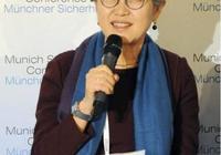從華春瑩到傅瑩,女人想要當自強多看十本書,提高情商做人生贏家