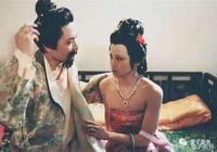 賈珍與賈蓉這對父子的奇葩關係,原來隱射的是歷史上這件事