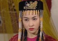 不僅古典油畫寵愛珍珠,我國古裝劇也同樣鍾愛各種珍珠