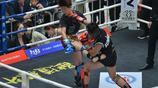男觀眾驚呆了 原來女子自由搏擊賽這麼猛