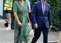 64歲凱特王妃媽媽優雅隨和,和女兒真是像極了,身旁老伴眼神亮了