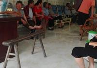 在農村裡,大多數的人寧願到私人診所看病也不願到有報銷的醫院看病嗎?