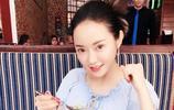 """美圖欣賞:人氣女星潘春春旅遊照,網友:""""就喜歡這樣的你!"""""""