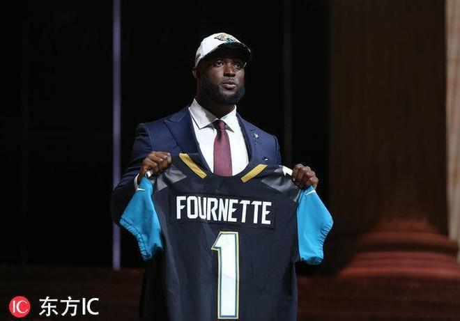 2017年NFL選秀大會:加雷特當選狀元