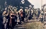 清末上色老照片:甲午戰爭中不可一世的日軍,百姓面對鏡頭很悲傷