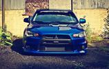 汽車圖集:藍色三菱Lancer Evolution汽車