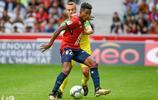 巴西足球運動員——蒂亞戈·門德斯