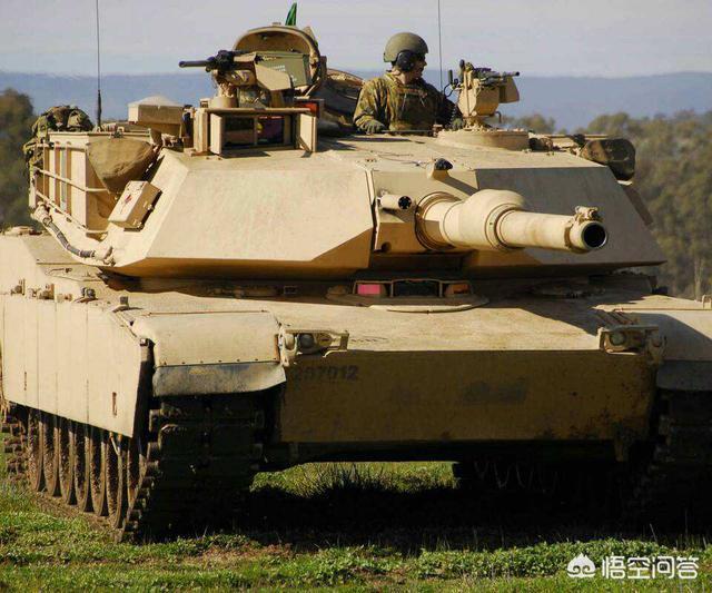 沙特聯軍被胡塞圍殲戰車殘骸遍地,M1坦克晚節不保,買VT4行嗎?