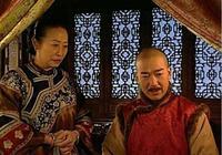 《康熙微服私訪記》中,皇帝身邊為何有個法印,他是什麼身份?