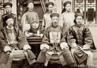 別再被電視劇誤導!清帝國滅亡前夕,大清軍隊軍服已經走向西化