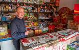 一盲人開店,經營商品上百種,他記憶力驚人,你買什麼能隨手找到