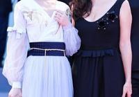 徐嬌與盧靖姍,徐嬌的古風裙子花紋矚目,太美了