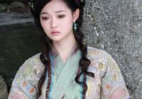 小昭是白眉鷹王的座下婢女,是因為什麼被鷹王用寒鐵鎖鏈鎖住?小昭的身世有哪些祕密?