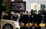 萊斯特城足球俱樂部主席維猜的葬禮在曼谷舉行,許多人士前來參加