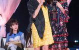 55歲關之琳扮東北翠花 扎雙馬尾麻花辮大笑似少女