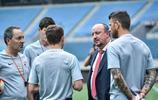 前中超球員馬季奇擔任大連一方足球俱樂部的助理教練